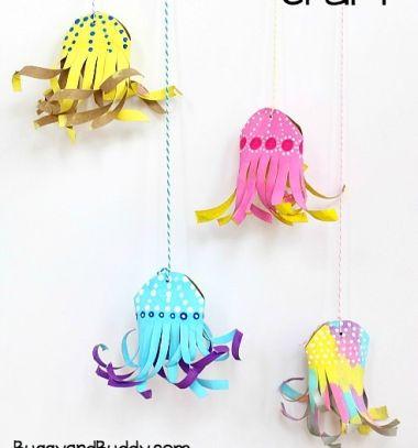 DIY Toliet paper tube jellyfish -  craft for kids // Színes medúza wc papír gurigából - kreatív ötlet gyerekeknek // Mindy - craft tutorial collection