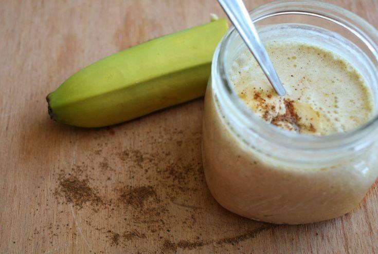 Lait crémeux à la banane et aux épices d'automne  http://www.recettes.qc.ca/recette/lait-cremeux-a-la-banane-et-aux-epices-d-automne #recettesduqc #smoothie