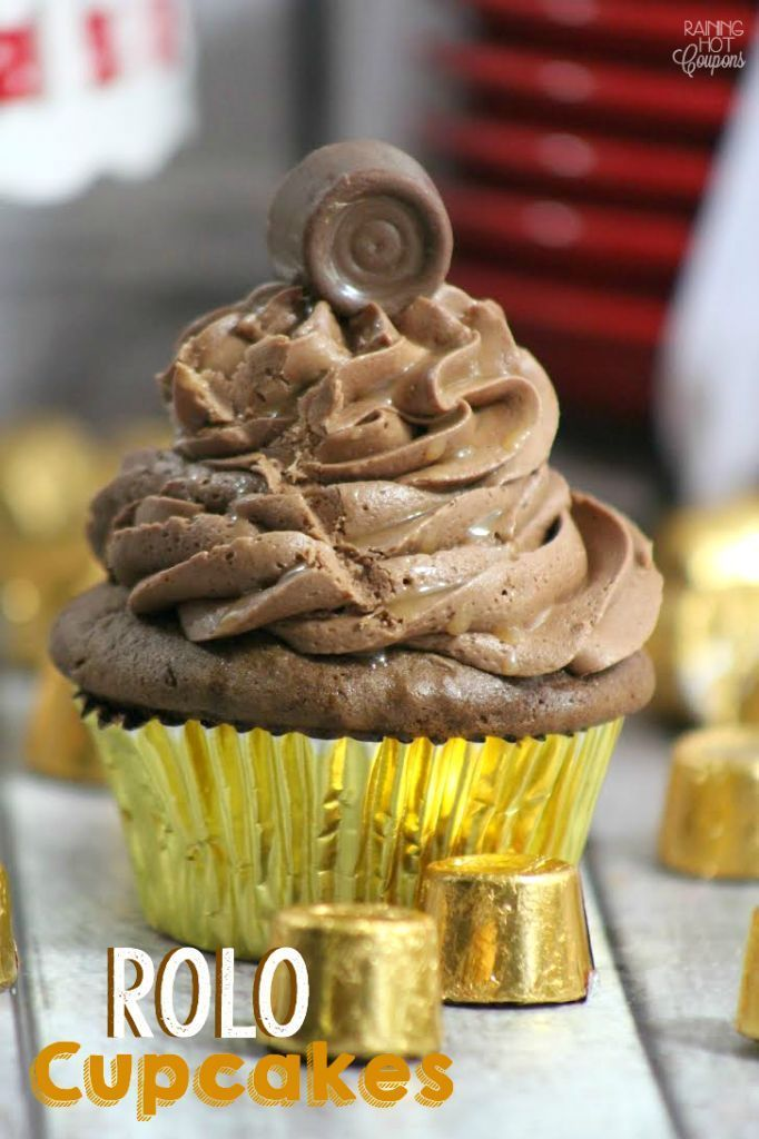 Rolo Cupcakes - These cupcakes melt in your mouth! If you love caramel and chocolate then you will love these cupcakes.