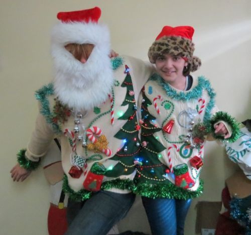 OH CHRISTMAS TREE.cOUPLES mATCHED SET LIGHT UP UGLY CHRISTMAS  SWEATERS XL L