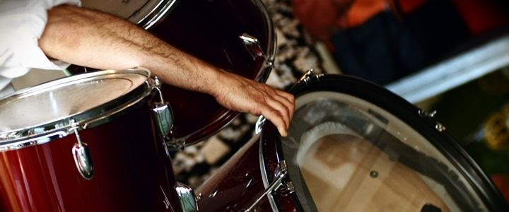 Video: Your Step-by-Step Guide to Drum Tuning http://takelessons.com/blog/drum-tuning-z07?utm_source=Social&utm_medium=Blog&utm_campaign=Pinterest