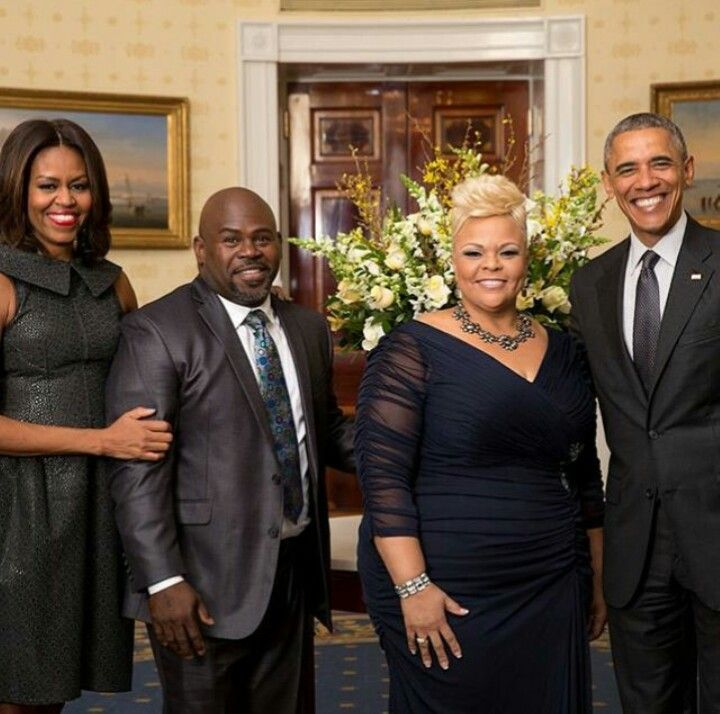 The President and First Lady with great actors, comedians and singers, David and Tamela Mann, best know for their work with Tyler Perry.