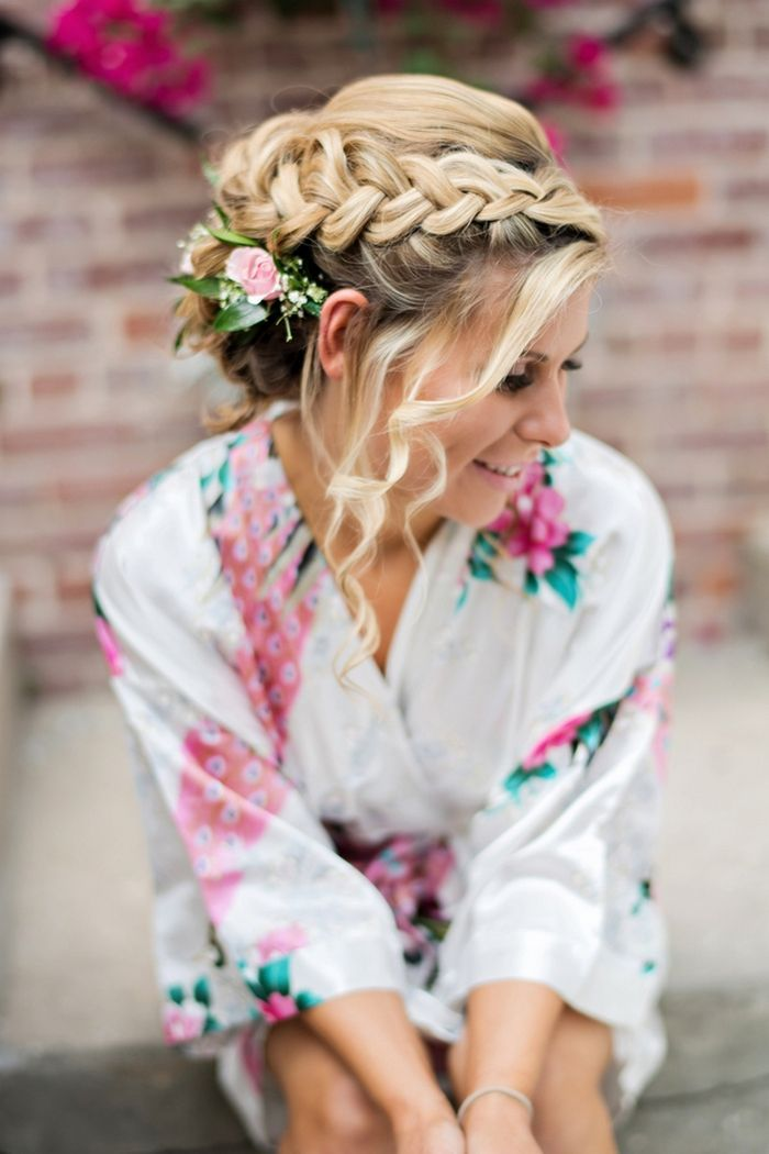 Beautiful braided wedding hairstyle