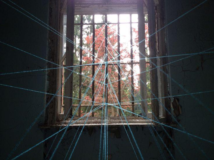 Detail 'wire' installation