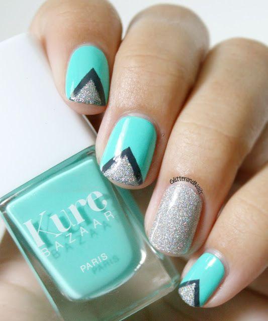 Triangles & Caicos.