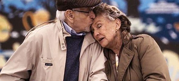Οι ανθρώπινες σχέσεις είναι δύσκολες. Υπάρχουν, όμως, λίγα τυχερά ζευγάρια που κατάφεραν να βρουν το νόημα της αληθινής αγάπης. Απολαύστε τα...