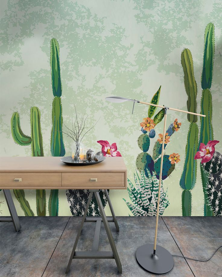 Arizona - Cactus dalle sfumature sgargianti di verde con fiori arancio e rossi popolano questa carta da parati, per arredare in modo originale e unico gli ambienti di casa. www.decolution.com  #wallpaper #cartadaparati #cartedaparati #designityourself #wallpapershop #wallpaperonline #wallcovering