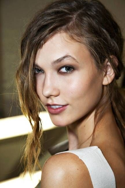 """""""I've just been using Pond's Cold Cream—it's a heavy, rich, really saturated cream that I think my grandma probably used when she was my age,..."""" Karlie Kloss"""