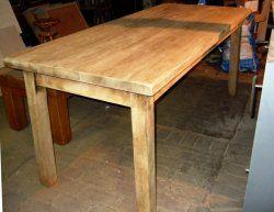Blank geschuurde eiken tafel. Zware massieve tafel. Lang 180 cm. breed 80 cm. hoog 77 cm. € 345,-
