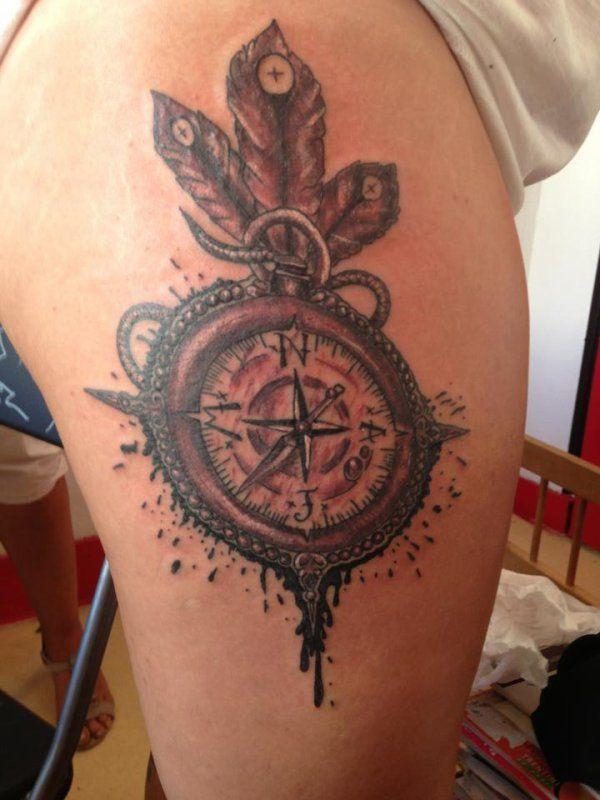 Tatouage boussole du voyageur recherche google tattoo - Tatouage homme boussole ...