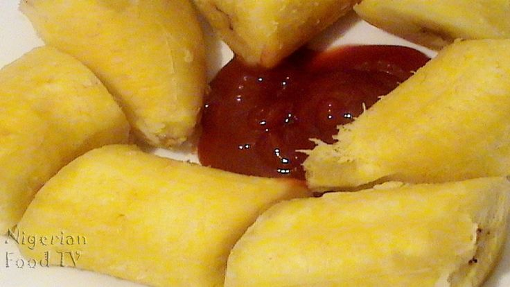 nigerian boiled plantains, easy nigerian food recipe, boiled plantains