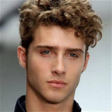 Gaya Rambut Anak Cowok Keriting | Gaya rambut, Keriting ...