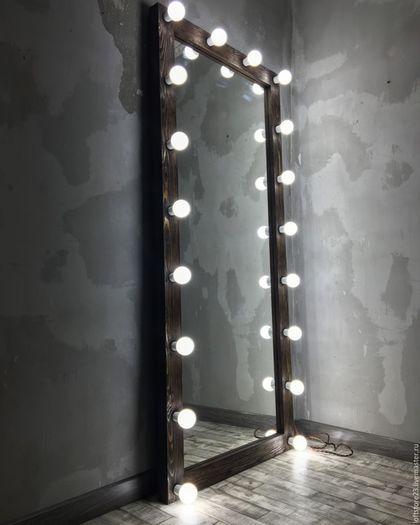 Купить или заказать Гримерное зеркало DARK WOOD. в интернет-магазине на Ярмарке Мастеров. Гримерное зеркало DARK WOOD. Размер по раме 180 см на 80 см. Материал, массив сосны. Для придания 3D фактуре дерева использован метод браширования. Лампы LED (светодиодные) 18 штук. Данные лампы не нагреваются, потребляют всего 5 ват, средний срок службы одной лампы 10 лет, полностью стеклянные, имитируют обычную лампу накаливания. LED лампам, в отличие от энергосберегающих не нужно разгораться…