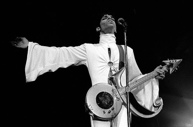 20 awe-inspiring Prince performances to watch right now (before they disappear)