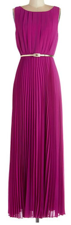 Beautiful pleated dress http://rstyle.me/n/gw8qznyg6