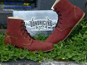 Sepatu Boots Murah Update stock koleksi sepatu boots pria. Kontak kami : Hotline : 081315979176 SMS Center : 085725396070 BBM : 22335085