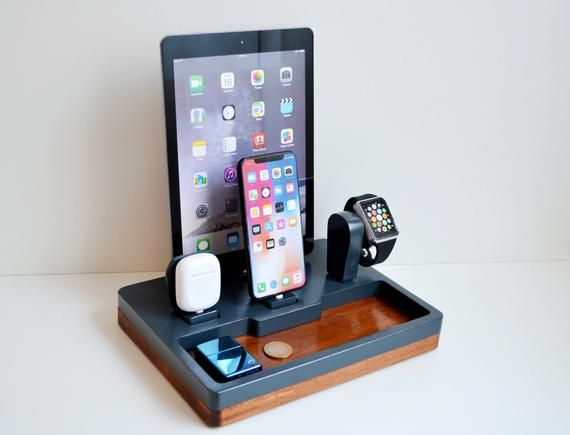 iDOQQ ULTIMATE 4 Multi Device Charging Station Organizer