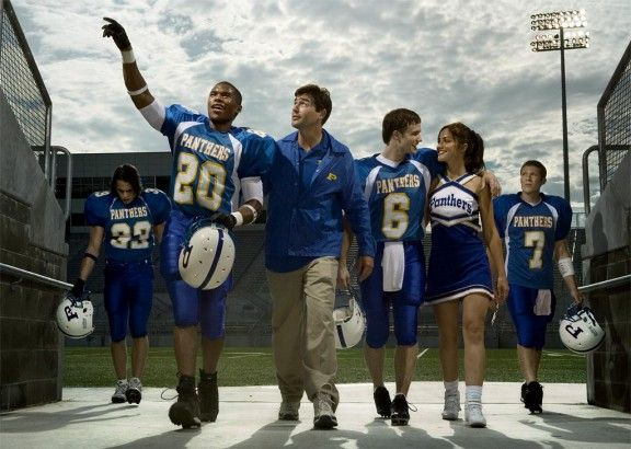 10 Reassons To Watch Friday Night Lights | gimmesomelife.com