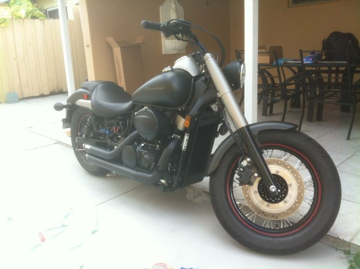 Honda Shadow - Black Matte