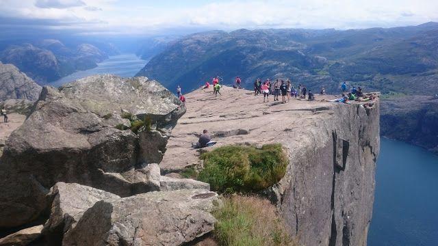 1+2 roti: Nordkapp, ziua 16 - Preikestolen si fuga din Norvegia