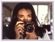 Miriam Tomponzi,the only daughter of Europe Master Private Investigator Tom Ponzi, in action