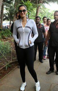 Sonam Kapoor at Max Bupa Walk for Health Event.