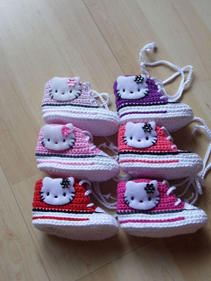 Babyschuhe Sportschuhe Chucks gehäkelt gestrickt 10cm.Hello kitty Applikation in Baby, Kleidung, Schuhe & Accessoires, Schuhe | eBay