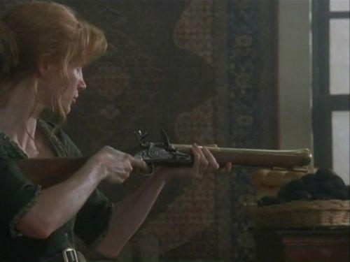 Charlotte (Jessica Chastain) using Blunderbuss Flintlock for home defense.