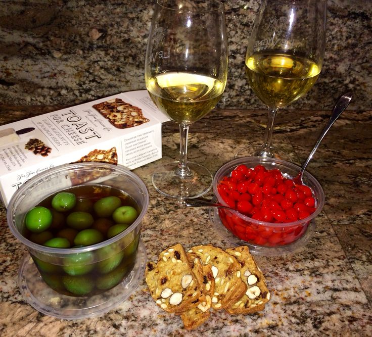 Sunday Happy Hour; Turley White Coat white wine, Castelveltrano buttery Sicilian olives and sweet drop Peruvian peppers! Delicious! Turley Wine Cellars, Paso Robles