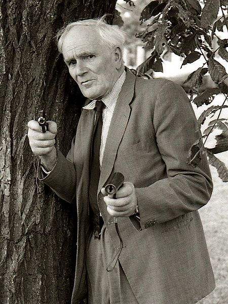 """Desmond Llewelyn who played gadget maker """"Q"""" in most of the """"James Bond""""-movies."""