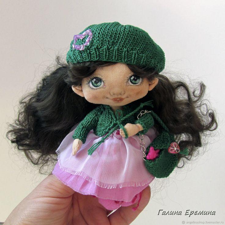 Коллекционные куклы ручной работы. Ярмарка Мастеров - ручная работа. Купить Текстильная малышка для Юлии. Handmade. Зеленый, козьи трессы