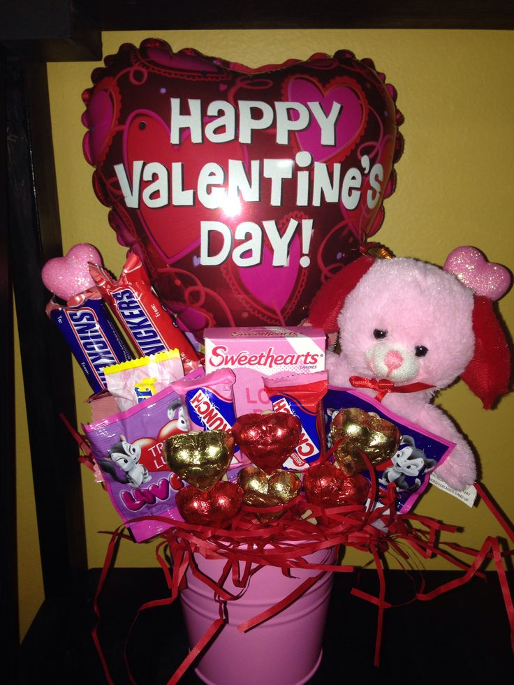 Valentines candy bouquet with pink bear