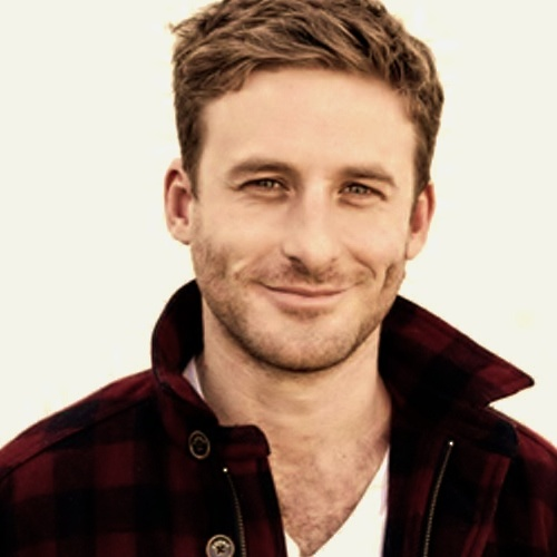 Dean O'Gorman Fili! I didn't think it was possible, but I think he is more attractive than Kili......
