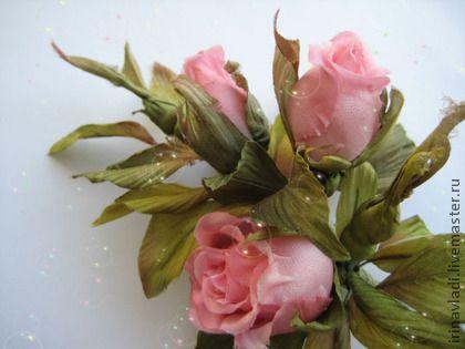 Цветы из шелка. Брошь БУТОНЫ РОСКОШИ - 2. Шелковый атлас. - цветы из шелка