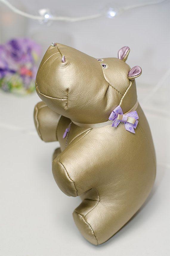 Роскошная кожаная игрушка Золотой Бегемот подарок для нее новые по TastefulGift