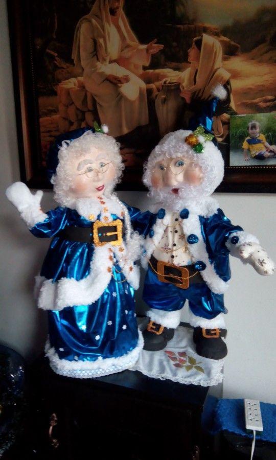 Papa y mama noel azul