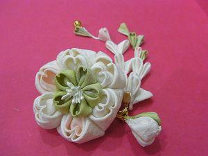 八重桜のブローチ☆さいしゅう♪ : 葉ちっく☆店長日記☆