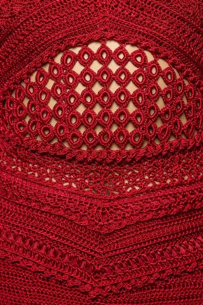 Strawberry-Gold-Coast-Crochet-Dress_5