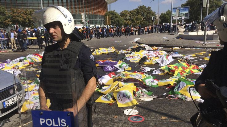 Turkey's Dogan News agency is reporting that at leas t86 people have been killed in bomb explosions in the center of the Turkish capital Ankara.