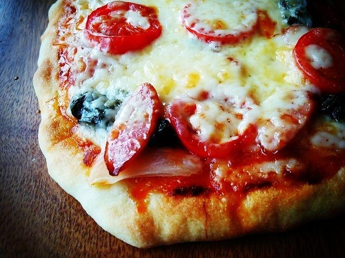 思い付いたらすぐ出来る♡オーブンなしのこんがり自家製ピザ♪ | しゃなママオフィシャルブログ「しゃなママとだんご3兄弟の甘いもの日記」Powered by Ameba