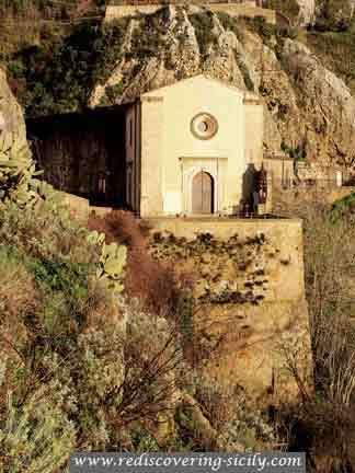 Church of Abandoned Crucifix - Enna