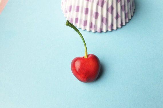 Spilla ciliegia ciliegia pin spilla rossa perno di DzyDzydesign