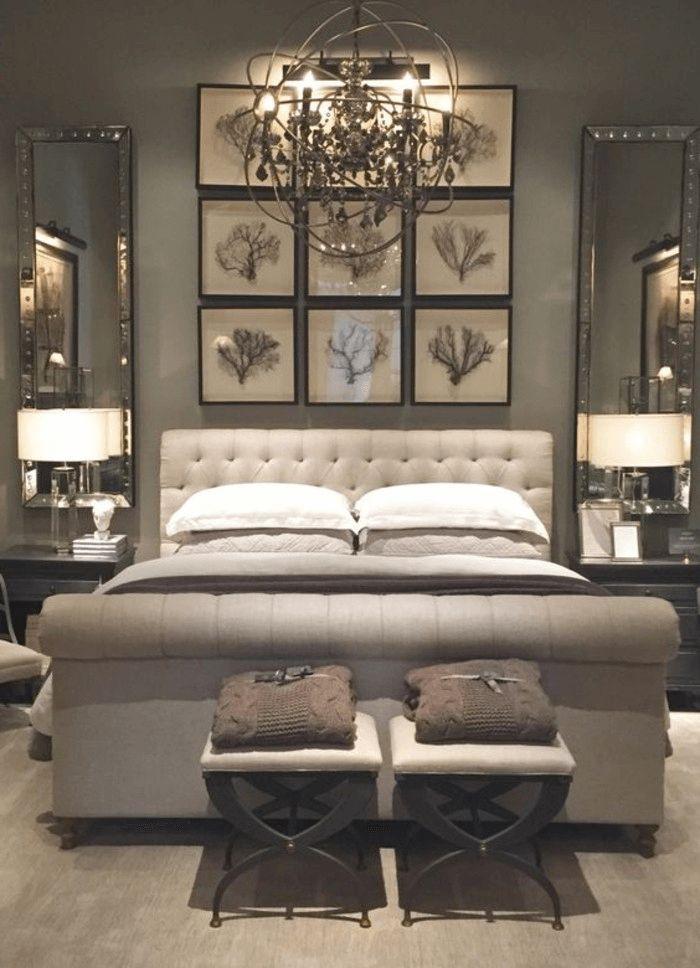 Schlafzimmer Dekorieren Bilder Mit Ästen Weiße Hocker