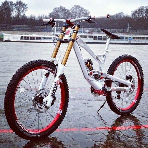 17 Best Images About Mtb On Pinterest Santa Cruz Bikes