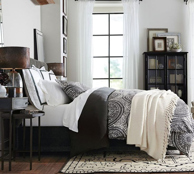 Nora Medallion Organic Quilt Cover & Pillowcase - Ebony