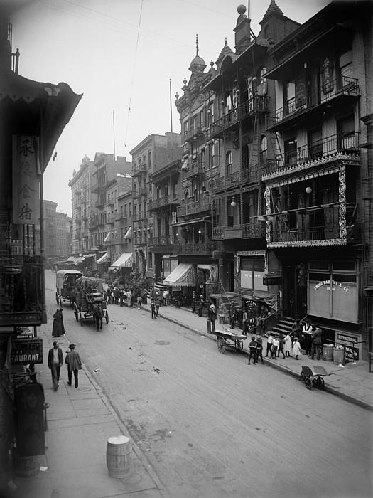Mott Street In New York Citys Chinatown