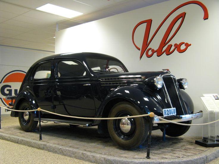 1937 - Volvo PV 52