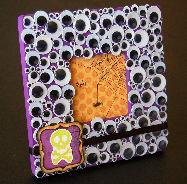 halloween crafts for adults | Make It My Own- Googly Eyed Halloween Frame