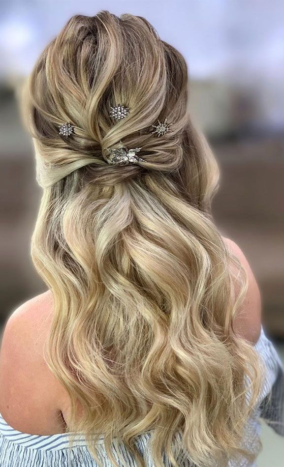 Finest Half Up Half Down Hairstyles For On a regular basis To Particular Event