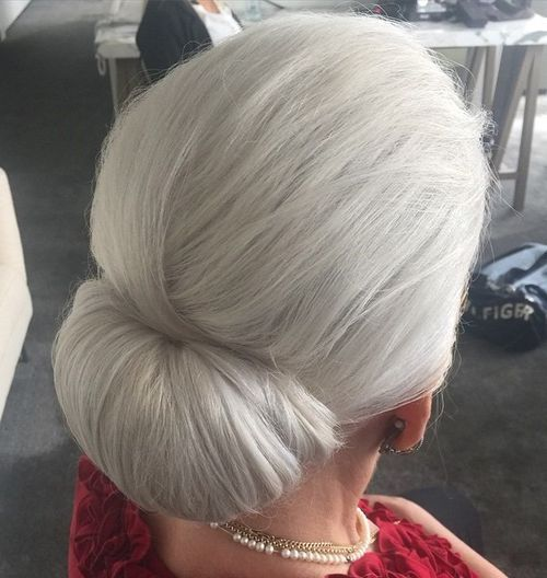 low chignon for silver hair as my hair is very long, I think I can get more volume with this style.